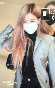 18-BLACKPINK-Rose-Airport-Photo-Incheon-Seoul-From-New-York