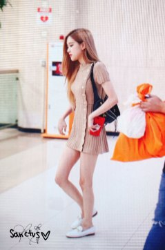 20-BLACKPINK-Rose-Airport-Photo-Gimpo-19-September-2018