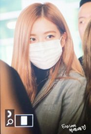 22-BLACKPINK Rose Airport Photo Incheon Seoul From New York