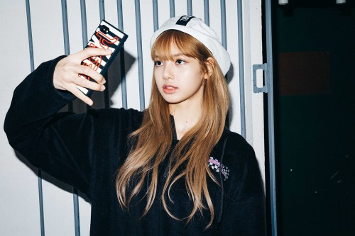 23-BLACKPINK Lisa X-girl Japan Nonagon Collaboration