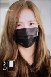 24-BLACKPINK-Jisoo-Airport-Photo-Incheon-Seoul-From-New-York