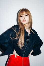 30-BLACKPINK Lisa X-girl Japan Nonagon Collaboration
