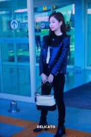 33-BLACKPINK Jennie Airport Photos Incheon to Paris Fashion Week