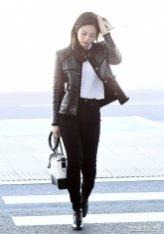 34-BLACKPINK-Jennie-Airport-Photos-Incheon-to-France-Paris-Fashion-Week