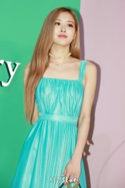 39-BLACKPINK-Rose-Mulberry-Event-Seoul-6-September-2018