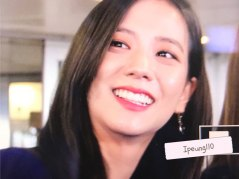 4-BLACKPINK-Jisoo-JFK-Airport-Photo-New-York-City