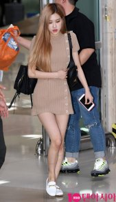 4-BLACKPINK-Rose-Airport-Photo-Gimpo-19-September-2018
