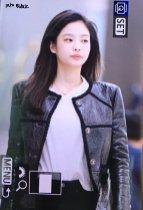 41-BLACKPINK Jennie Airport Photos Incheon to Paris Fashion Week