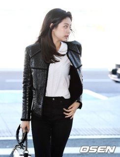 43-BLACKPINK-Jennie-Airport-Photos-Incheon-to-France-Paris-Fashion-Week