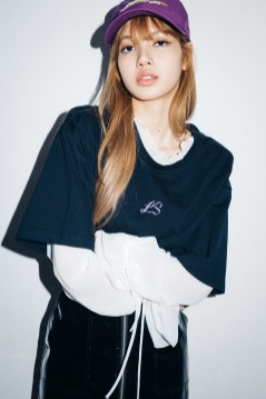 46-BLACKPINK Lisa X-girl Japan Nonagon Collaboration
