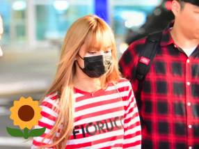 5-BLACKPINK Lisa Airport Photo Incheon Seoul From New York