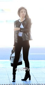 53-BLACKPINK-Jennie-Airport-Photos-Incheon-to-France-Paris-Fashion-Week