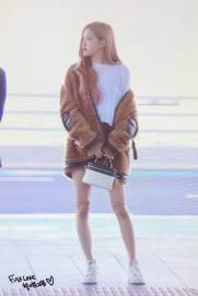 54-BLACKPINK-Rose-Airport-Photo-Incheon-New-York-Fashion-Week