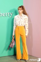 55 BLACKPINK Lisa Mulberry Seoul Event 6 September 2018