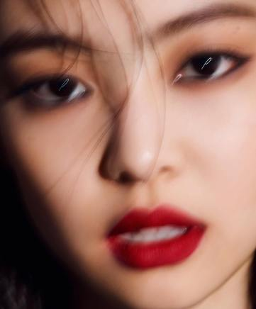 8-BLACKPINK Jennie Marie Claire Magazine Photoshoot No Logo