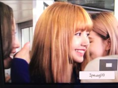 9-BLACKPINK-Lisa-JFK-Airport-Photo-New-York-City