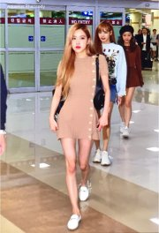 9-BLACKPINK-Rose-Airport-Photo-Gimpo-19-September-2018