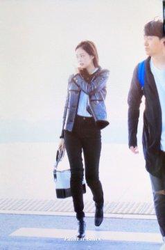 90-BLACKPINK Jennie Airport Photos Incheon to Paris Fashion Week