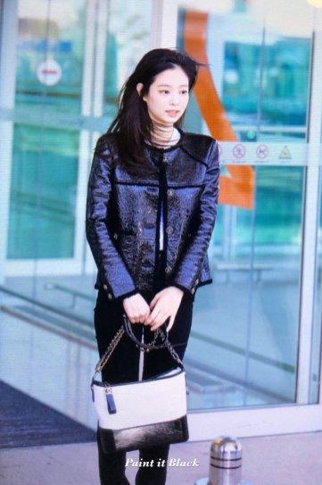 93-BLACKPINK Jennie Airport Photos Incheon to Paris Fashion Week
