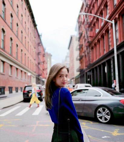 cover2-BLACKPINK-Jisoo-Instagram-Photo-11-September-2018-New-York