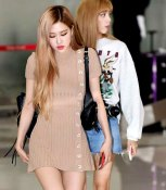 cover5-BLACKPINK-Rose-Airport-Photo-Gimpo-19-September-2018