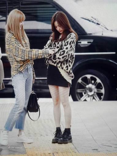1-BLACKPINK-Jisoo-Airport-Photos-Incheon-5-October-2018