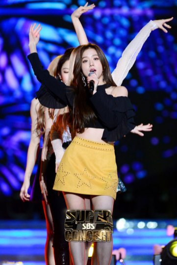 10-BLACKPINK-BBQ-SBS-Super-Concert-2018-Official-Photos
