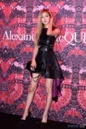 BLACKPINK-Rose-Alexander-McQueen