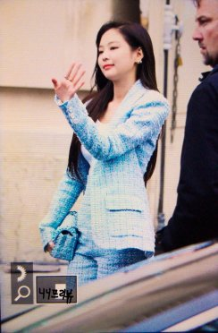 16-BLACKPINK Jennie Chanel Paris Fashion Week Fansite Photos