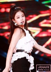 17-HQ-BLACKPINK-Jennie-BBQ-SBS-Super-Concert-2018
