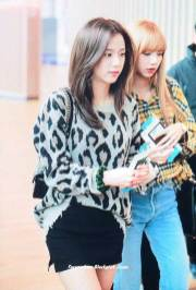 18-BLACKPINK-Jisoo-Airport-Photos-Incheon-5-October-2018