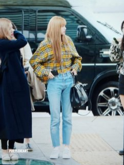 22-BLACKPINK Lisa Airport Photos Incheon 5 October 2018