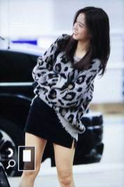 25-BLACKPINK-Jisoo-Airport-Photos-Incheon-5-October-2018