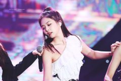 33-HQ-BLACKPINK-Jennie-BBQ-SBS-Super-Concert-2018