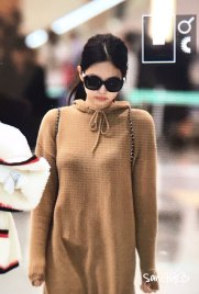 36-BLACKPINK-Jennie-Airport-Photo-Incheon-20-October-2018