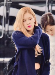 4-BLACKPINK Rose Airport Photos Incheon 5 October 2018