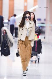 41-BLACKPINK Jennie Airport Photo 4 October 2018 from Paris