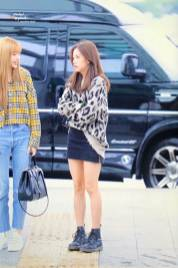 44-BLACKPINK-Jisoo-Airport-Photos-Incheon-5-October-2018