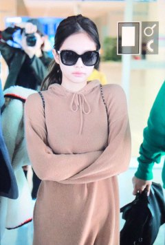 5-BLACKPINK-Jennie-Airport-Photo-Incheon-20-October-2018