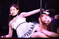 5-BLACKPINK-Jennie-Tokyo-Girls-Collection-Kitakyushu-2018
