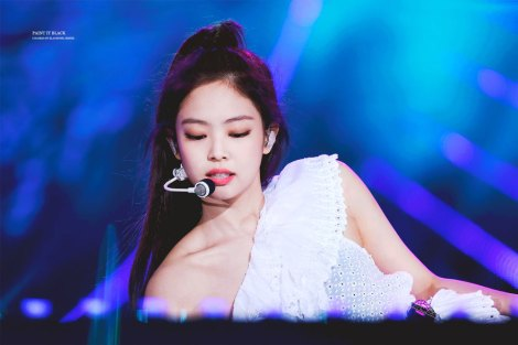 50-HQ-BLACKPINK-Jennie-BBQ-SBS-Super-Concert-2018