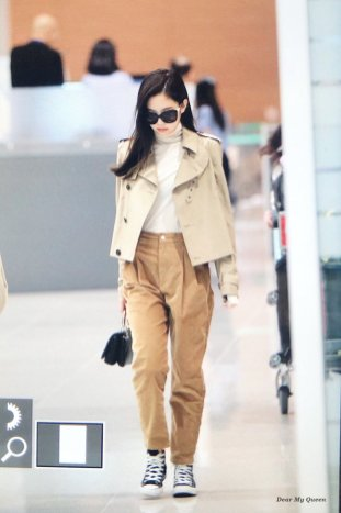 57-BLACKPINK Jennie Airport Photo 4 October 2018 from Paris
