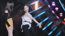 57-HQ-BLACKPINK-Jennie-BBQ-SBS-Super-Concert-2018
