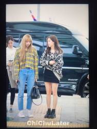 7-BLACKPINK-Jisoo-Airport-Photos-Incheon-5-October-2018