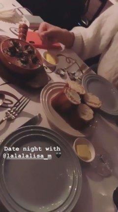 BLACKPINK-Rose-Instagram-Story-Chaelisa-Date