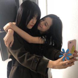 1-BLACKPINK Jisoo and Sister Kim Ji Yoon