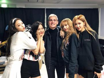 15-Backstage Photo BLACKPINK Seoul Concert 2018