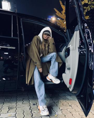 2-BLACKPINK Lisa Instagram Photo 24 Nov 2018 Swag