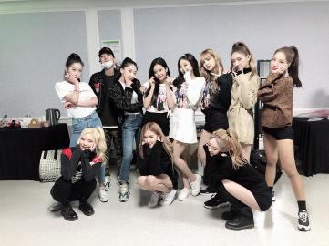 28-Backstage Photo BLACKPINK Seoul Concert 2018