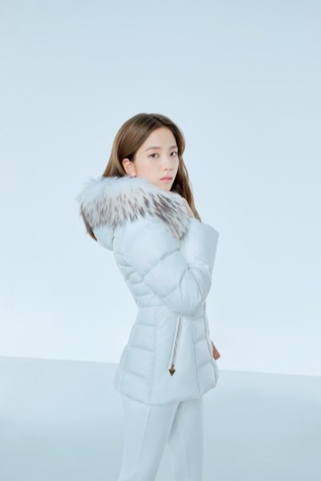 3-HQ-BLACKPINK GUESS Winter Coat Jacket Collection